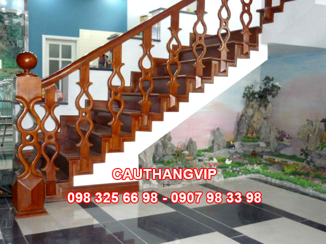 Cầu thang gỗ VIP G03