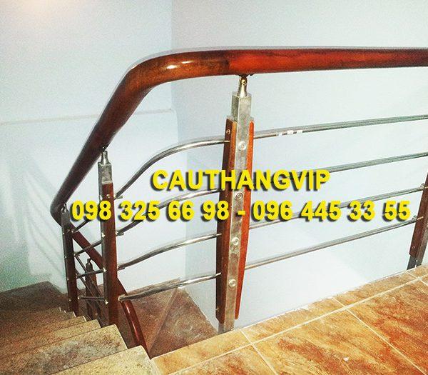 cau-thang-inox-dep-VIP-I05