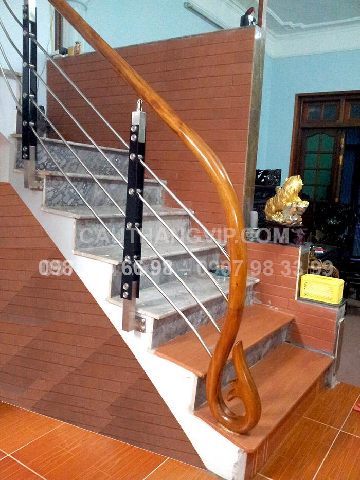 Cầu thang INOX VIP I3