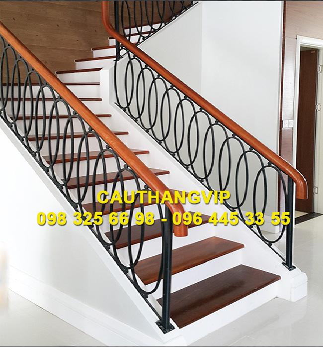 Báo giá cầu thang sất VIP S20