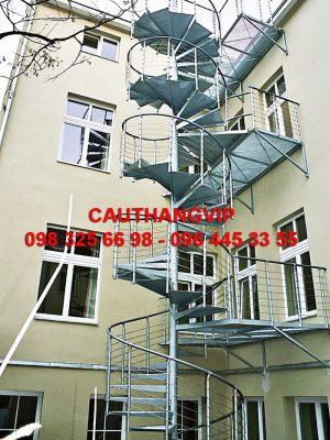 cau-thang-xuong-ca-XS09