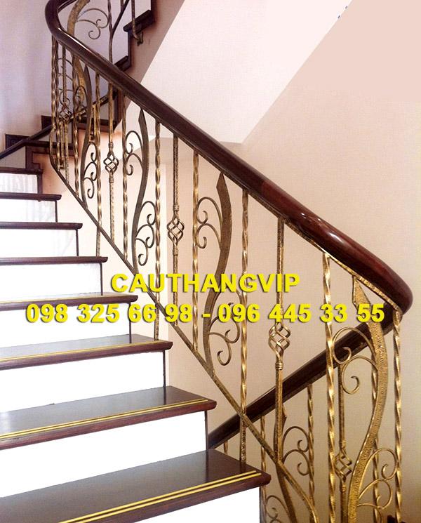 Báo giá cầu thang sắt mỹ thuật VIP SMT 05