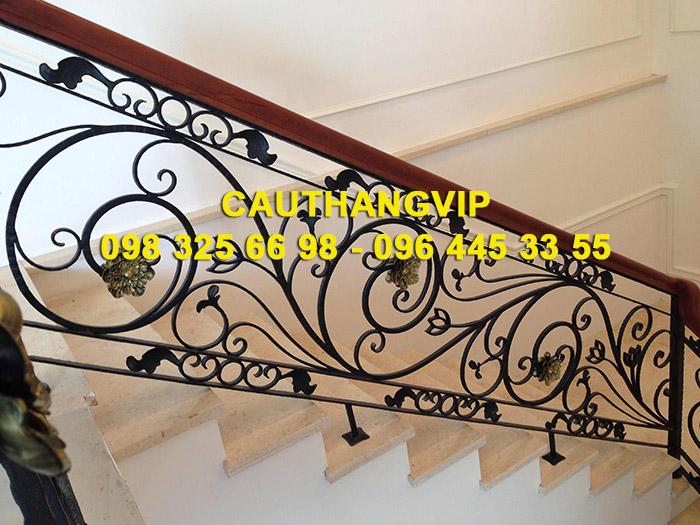 Báo giá cầu thang sắt mỹ thuật VIP SMT17